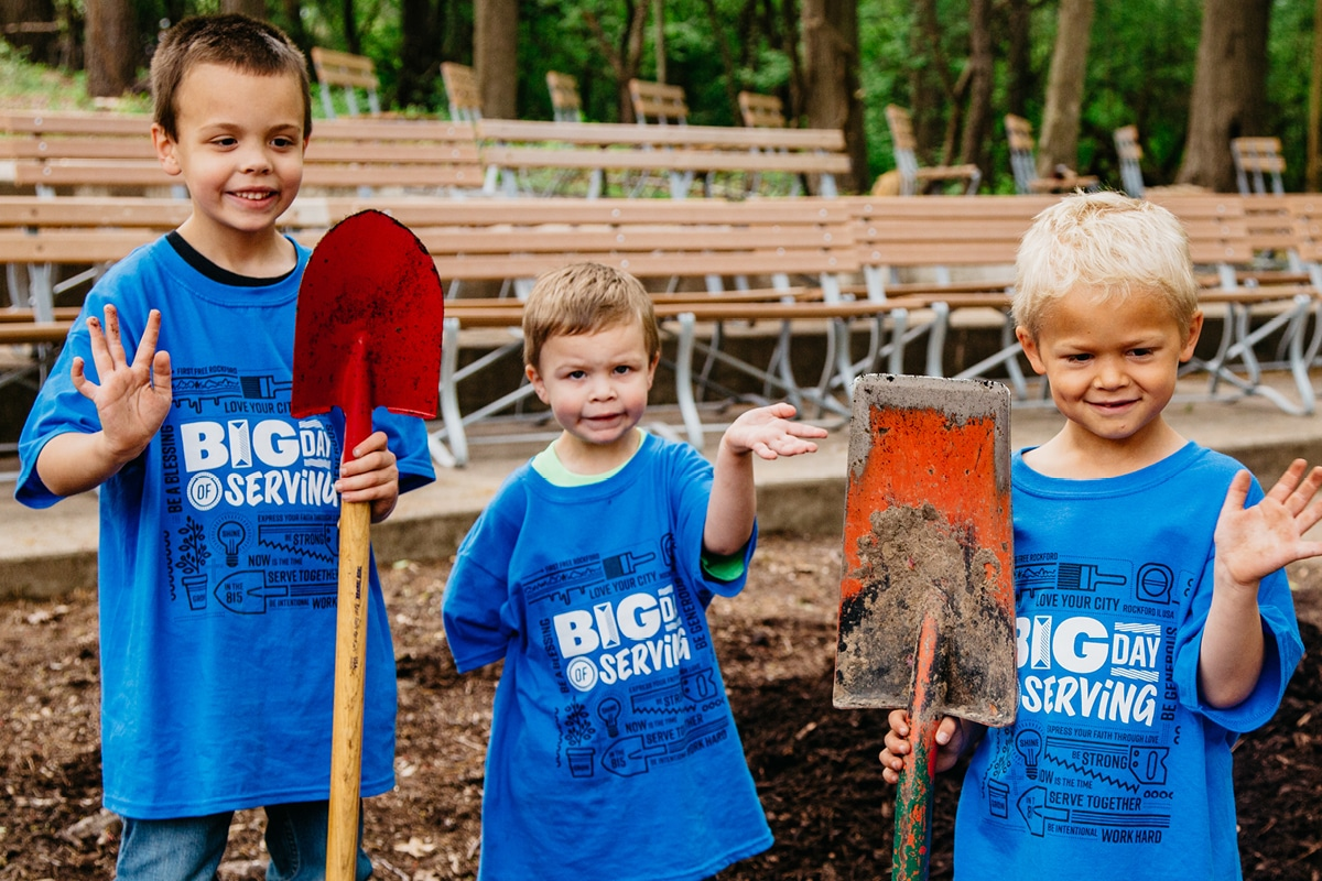 Kids helping with work at the Sinisippi Band Shell